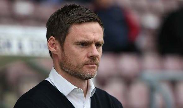 Graham Alexander Oxford United give Graham Alexander and Fleetwood Town the