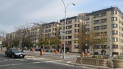 Grand Concourse (Bronx) httpsuploadwikimediaorgwikipediacommonsthu