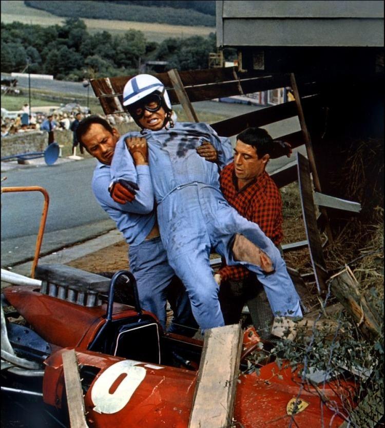 Grand Prix (1966 film) Retro ACTIVE Critiques Grand Prix 1966