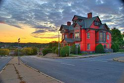 Greene Mansion httpsuploadwikimediaorgwikipediacommonsthu