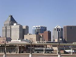 Greensboro, North Carolina httpsuploadwikimediaorgwikipediacommonsthu