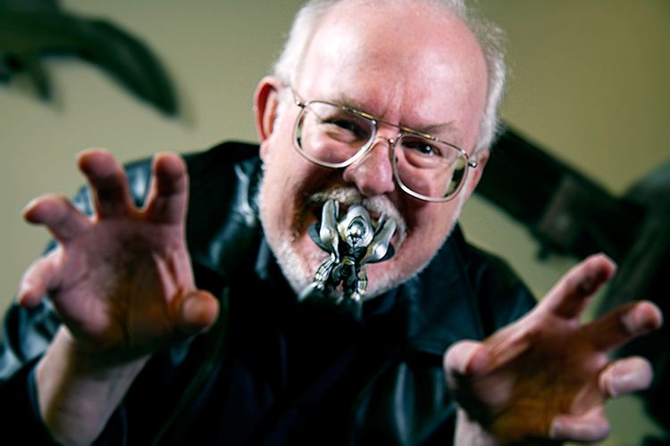 Greg Bear Greg Bear Biography and Bibliography