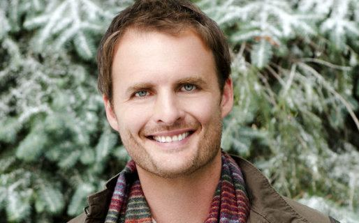 Greg Bryk Greg Bryk as Joe on Mistletoe Over Manhattan Hallmark Movies and