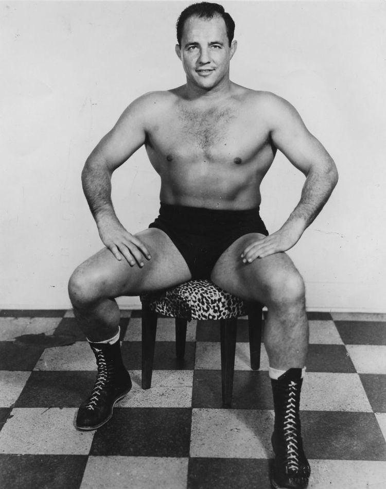 Greg Gagne (wrestler) Verne Gagne returns to screen in 39The Wrestler