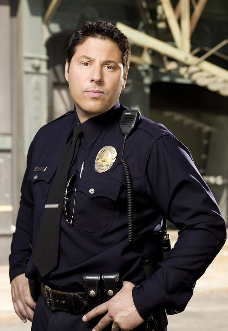 Greg Grunberg Heroes Reborn Brings Back Greg Grunberg as Officer Matt Parkman