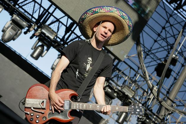 Greg Hetson Bad Religion39s Greg Hetson Wife Take Legal Action