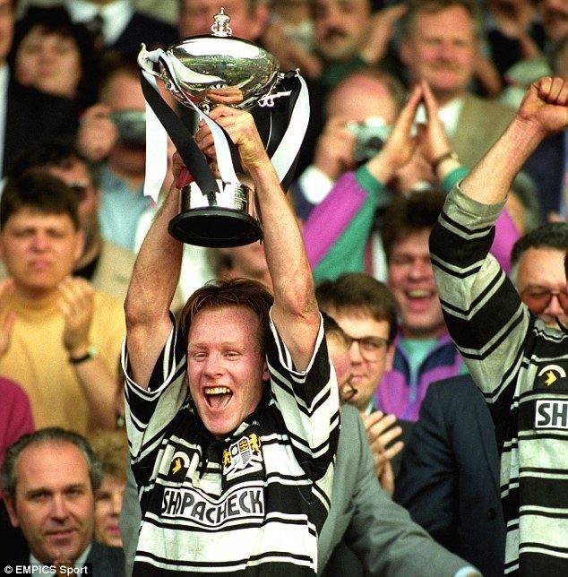 Greg Mackey Greg Mackey mourned as former Warrington Hull and Huddersfield half
