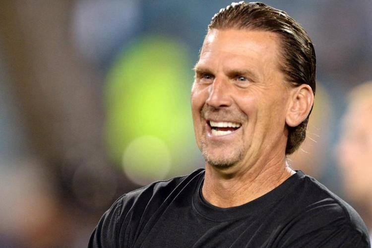 Greg Olson (American football) Los Angeles Rams hire Greg Olson as quarterbacks coach UPIcom