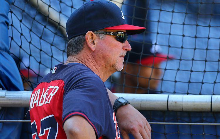 Greg Walker (baseball) Walker steps down as Braves hitting coach wwwajccom