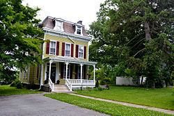 Gregory House (Poughkeepsie, New York) httpsuploadwikimediaorgwikipediacommonsthu