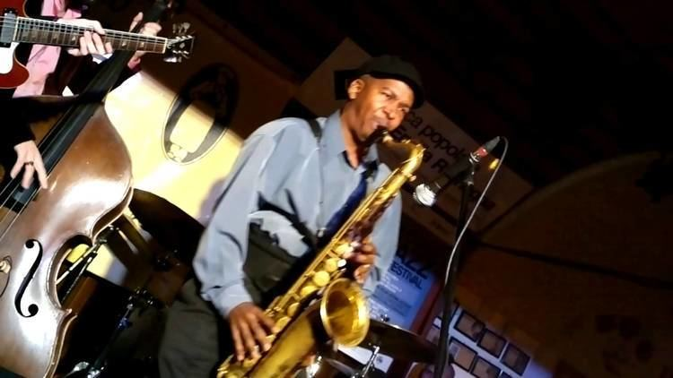 Gregory Tardy Omer Avital his Band of The East Greg Tardy sax solo Cantina