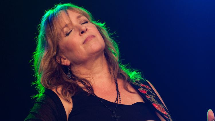 Gretchen Peters Gretchen Peters Ages Gracefully With New Album 39Blackbirds