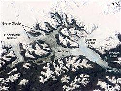 Greve Lake httpsuploadwikimediaorgwikipediacommonsthu