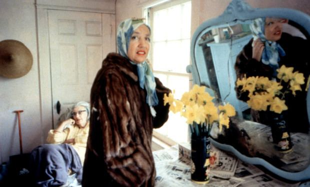 Grey Gardens 5 Things You Didnt Know About the Classic Documentary Grey Gardens