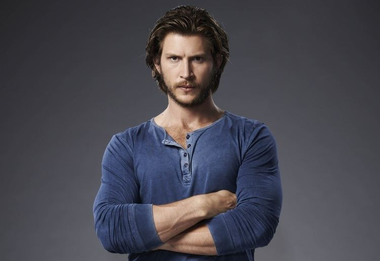 Greyston Holt EXCLUSIVE Greyston Holt talks the twisty Bitten S1 finale
