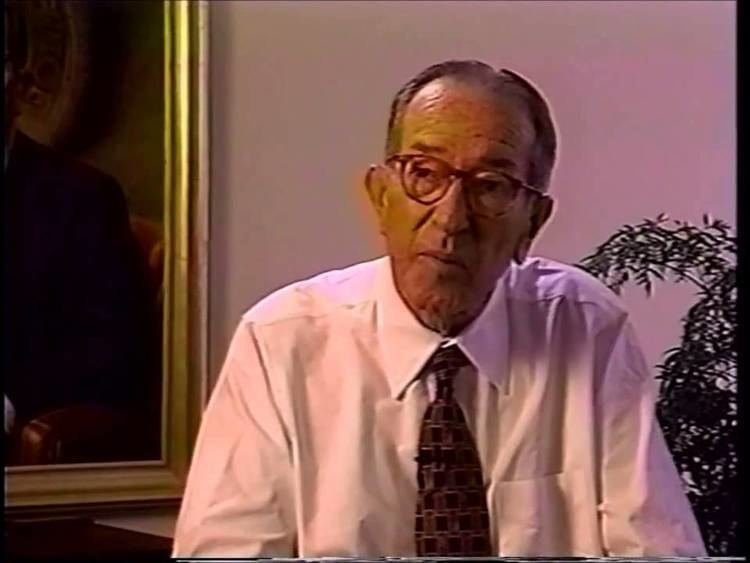 Griffin Bell 1995 Freedom Award Recipient Judge Griffin Bell YouTube