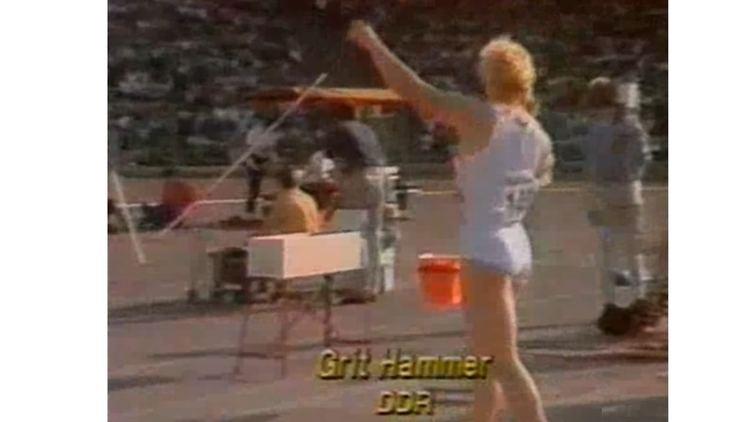 Grit Hammer Grit Hammer 1960 meter deutsche Kugelstoerin PB 2072 meter