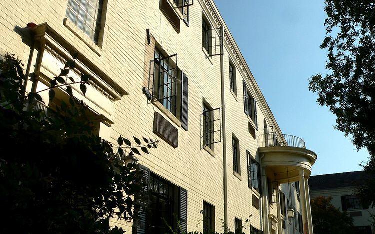Grosvenor Gardens Apartments