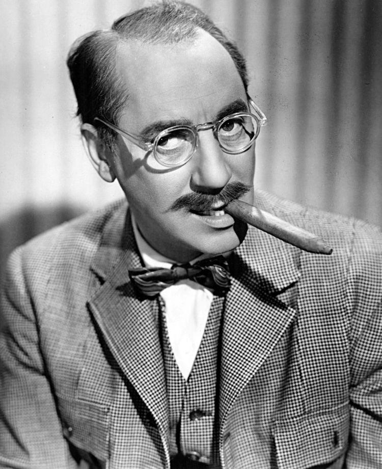 Groucho Marx httpsuploadwikimediaorgwikipediacommons66