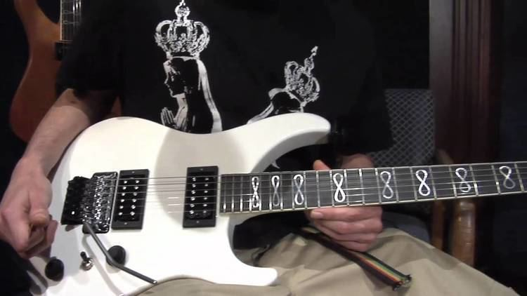 Grover Jackson GJ2 Guitars made by Grover Jackson Player Test Drive by Eric Endo