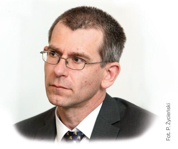 Grzegorz Motyka WOYSKI KONFLIKT PAMICI z dr hab Grzegorzem Motyk o