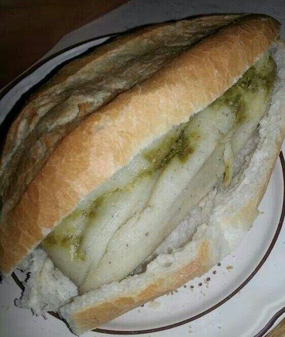 Guajolota Guajolota de tamal verde As se come en Mxico Pinterest