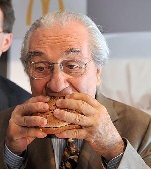 Gualtiero Marchesi Award Winning Italian Chef Takes Job at McDonalds ITALY Magazine