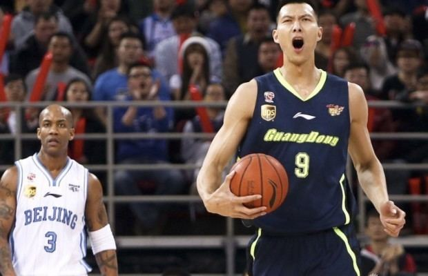 Guangdong Southern Tigers Guangdong Southern Tiger resign Yi Jianlian to record deal
