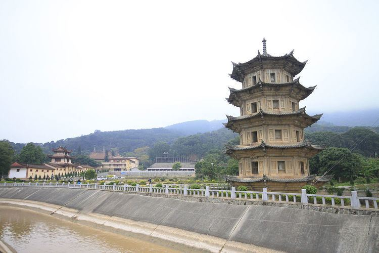 Guanghua Temple (Putian)
