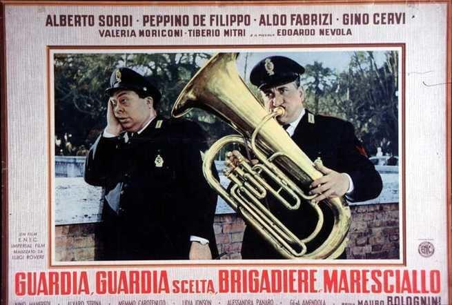 Guardia, guardia scelta, brigadiere e maresciallo Guardia guardia scelta brigadiere e maresciallo 1956 FilmTVit
