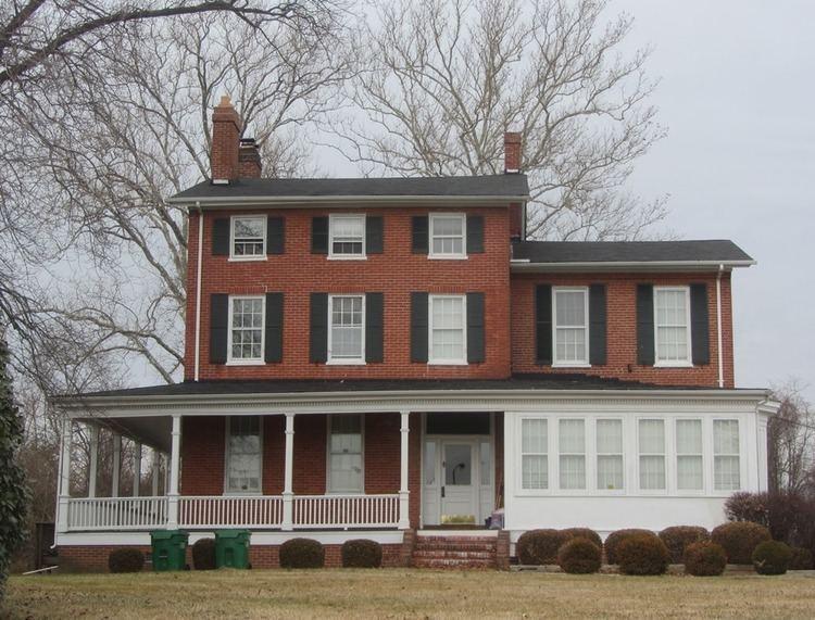 Gude House