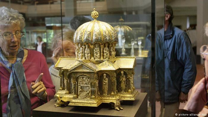 Guelph Treasure Guelph Treasure case takes Germany by surprise Culture DWCOM