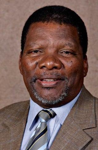 Gugile Nkwinti wwwafrolcomimagespersonssaGugileNkwintijpg