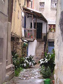 Guijo de Santa Bárbara httpsuploadwikimediaorgwikipediacommonsthu