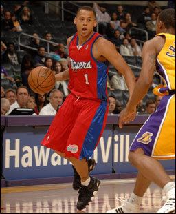 Guillermo Diaz (basketball) CLIPPERS Clippers Sign Guillermo Diaz to 10Day Contract