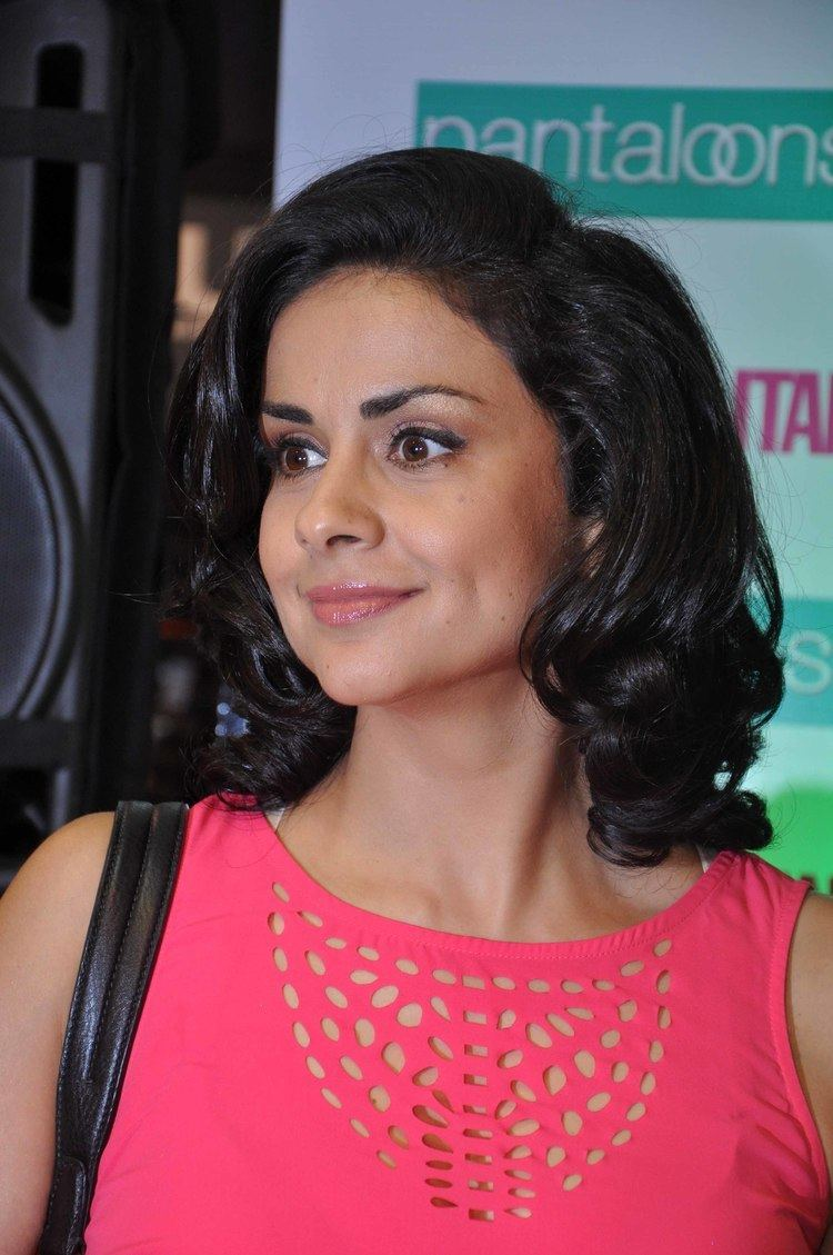 Gul Panag Nude Photos 12