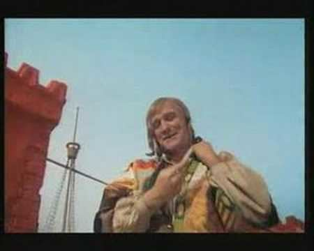 Gulliver's Travels (1977 film) Gullivers Travels Richard Harris The Search 1977 YouTube