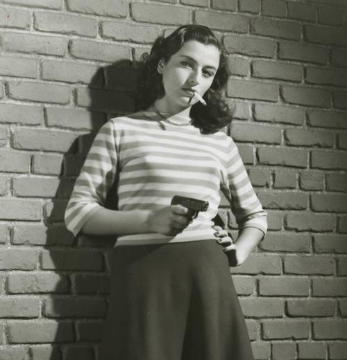 Gun moll 1950 Pin Up Photograph Marina Berti Italian Film Noir Gun Moll