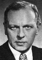 Gunnar Lauring wwwdanskfilmogteaterdkskuespillereLgunnarlau