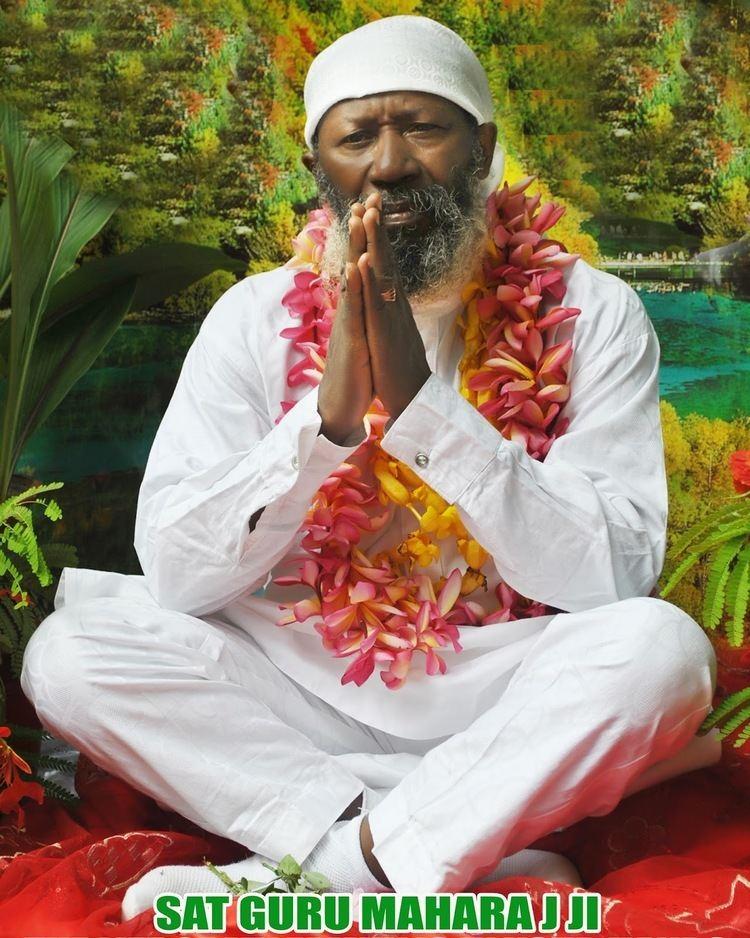 Guru Maharaj Ji (Nigeria) Naij24 THE LIVING PERFECT MASTER Guru Maharaj Ji Nigeria vol1