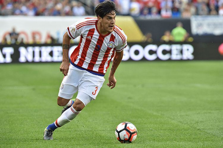 Gustavo Gómez Reports Milan in talks to sign Lans center back Gustavo Gomez