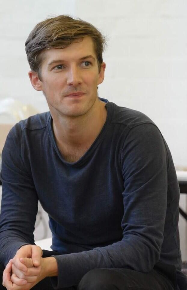 Gwilym Lee Gwilym Lee Gratuitous man candy Pinterest Smile and