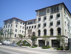 Hacienda Arms Apartments httpsuploadwikimediaorgwikipediacommonsthu