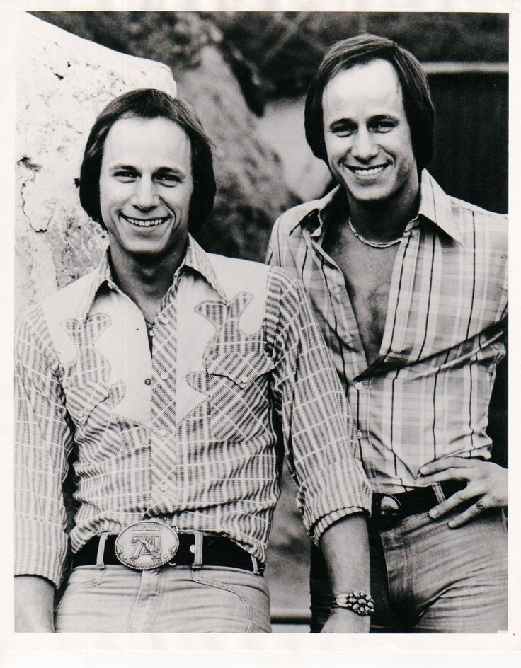 Hager Twins The Hager Twins The Hagers on Pinterest Twin Sweets