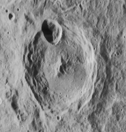 Hahn (crater)