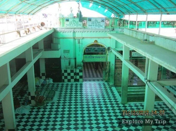 Hajib Shakarbar Dargah Haji Sakarwar Baba Jhunjhunu Rajasthan India