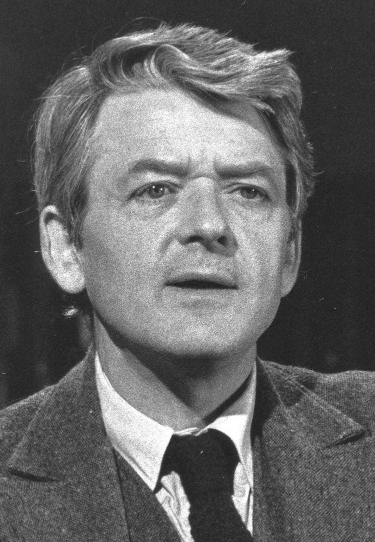 Hal Holbrook httpsuploadwikimediaorgwikipediacommons00