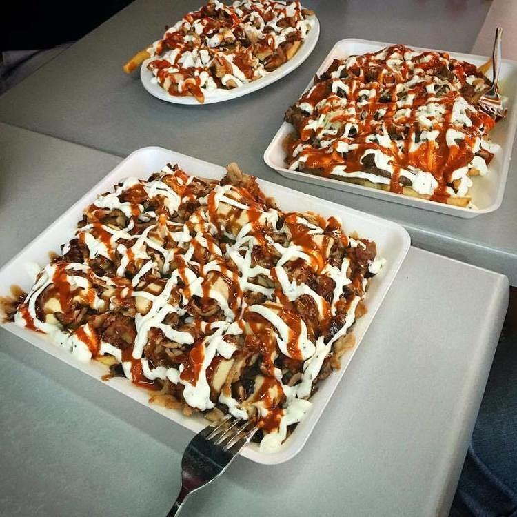 Halal snack pack httpsuploadwikimediaorgwikipediacommons33