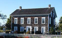 Hallock Homestead httpsuploadwikimediaorgwikipediacommonsthu
