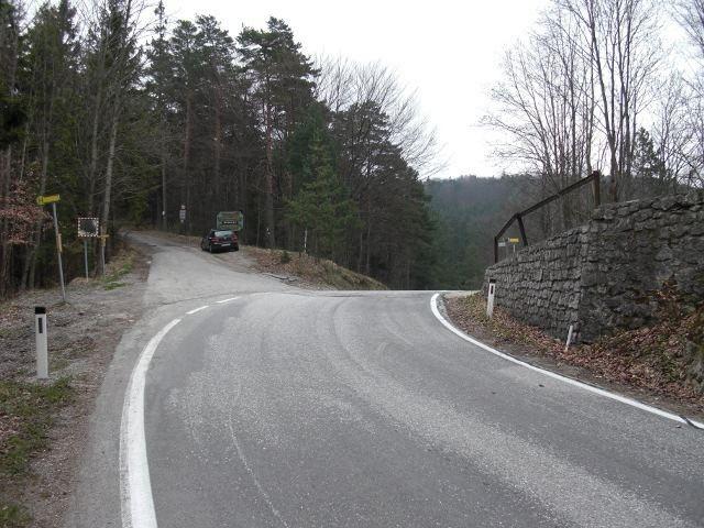 Hals Pass httpsuploadwikimediaorgwikipediacommonsaa